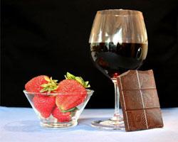 Шоколад и вино – лучший способ продлить жизнь