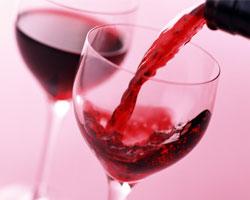 Рак рта и горла способно вызвать вино