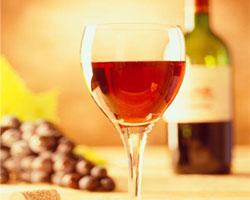 Главные покупательницы вина – девушки
