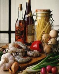 Как готовить салаты с добавлением вина?
