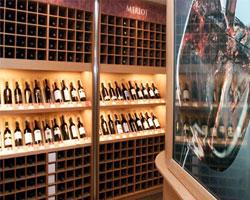 Шведы отказались от испанского вина
