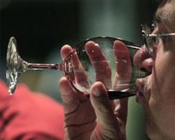 Вино к июньским праздникам
