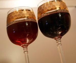 Как приготовить вино из дачного винограда?