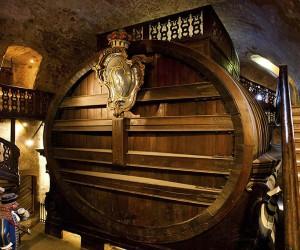Изготовление вина из винограда – это почти, что труд драматурга